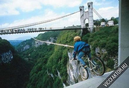 A nagy biciglis ugrás