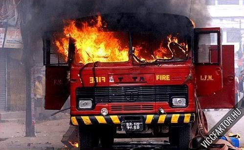 Tűzoltók #4