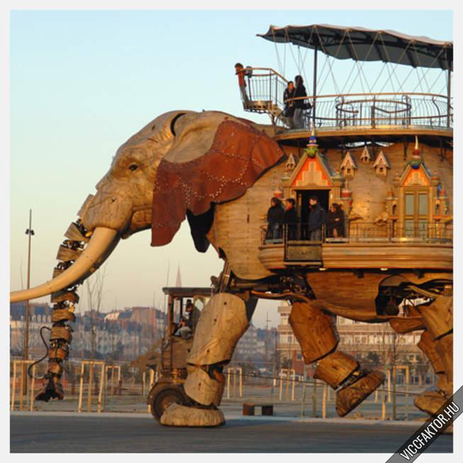 Giga-mega elefánt