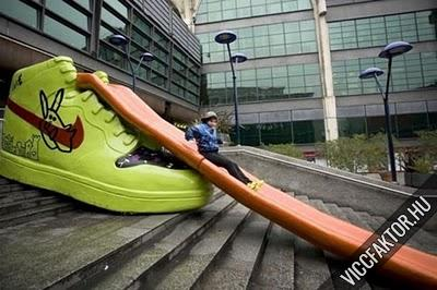 Óriás cipő